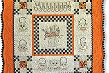 Halloween Quilts / by Stitchin' Heaven