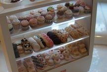 Dollhouse bakery