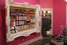 nail store