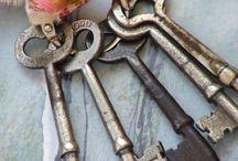 My Love of Skeleton Keys