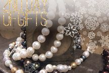 12 DAYS OF HOLIDAY GIFTS / Explore our #designerjewelry #holidaygifts picks for the season. Each piece is classic and becomes a treasured piece for you are the person who you're thinking of... #diamondgifts #diamondrings  #holidaygifts #designerjewelry #giftsforher and #giftsforhim
