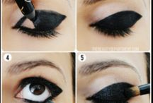 Goth make-up
