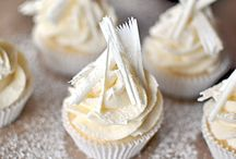 Cupcake Crazy! / by Danielle McLeod