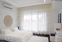 All White in Modern Home / https://renomania.com/blog/all-right-with-all-white-in-a-modern-home/