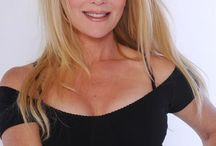 Eileen Donoghue - Irish Eyes / Avó de Caleb Danvers