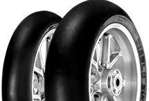 Pirelli moottoripyörän renkaat / Pirelli on yksi suosituimmista moottoripyörän rengasmerkeistä. Pirelli renkaat ovat laadukkaita ja koko vaihtoehtoja löytyy runsaasti. Kaikki Pirellin mp renkaat suoraan http://mprenkaat-store.com rengaskaupasta.
