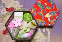 Japanese sweets 和菓子 / 小さきものはみなうつくし 清少納言  Small is beautiful. Sei Shonagon(Seishonagon The 10th grandchild of the Emperor Tenmu)