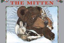 Best Childrens Books / by Marci Johnson