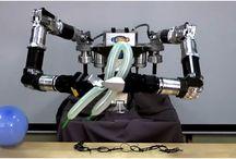 Robot Fun / Crazy, crazy robots!