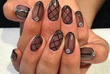 Sheer nails / beauty black sheer nails