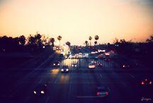 Ginger® oeuvres lumineuses / La collection Ginger® a des accents doux, poétiques, des couleurs chaudes et un effet flou qui laisse une place importance au rêve et à l'imagination. Découvrez les 4 thèmes Nature, Life, Urban, Abstract qui répondent à une variété d'émotions que nous avons tous en chacun de nous.