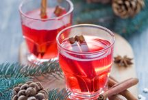 Yumi: Christmas Treats / Here's a selection of food and drink that get's us excited for Christmas time!