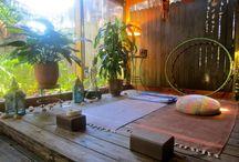 Idee per Spazi Yoga / Come realizzare degli spazi domestici ad alto tasso di bellezza e yogiticità!