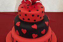 Cake Ideas / by Dawn Elsberry