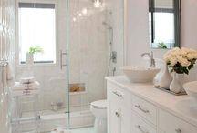 Banheiros claros