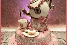 Top Mother's Day Tea Party Cakes / Mother's Day tea parties are a popular tradition, and naturally tea-inspired treats are the best desserts to serve! We've collected some of the best cake, cupcakes and cookies to help you plan the perfect Mother's Day surprise. #featured-cakes #mothers-day #tea-cup #teapot #tea #teacup #cakecentral