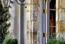 Curb Appeal / Entrances