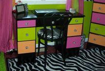 bedroom ideas for Abbie / by Jennifer Turner