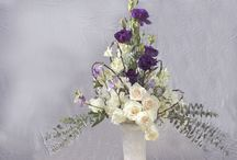 Winter Floral Designs / Lovely arrangements that capture the magic, and splendor of Winter.