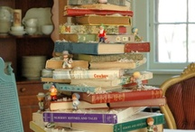 Christmas tree / Christmas trees from books and paper