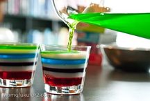 ~ JELLO Shot Recipes / Who doesn't like a pretty JELLO shot? Whether loaded or alcohol free, this fun shots will be a party pleaser! / by Billie Hillier