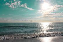 Beachy / by Davina C