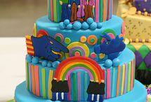 Let them eat cake! / by Leslie Diaz