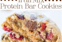 proteine bars and cookies