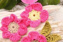 Crochet flowers/butterflies and appliques / by Kelly Rooney