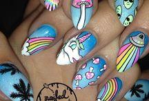 trippy nails