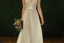 Wedding Dresses / by Kimberly Erskine