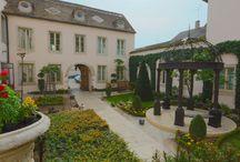 Notre jardin / Our garden / by Hôtel Le Cep - Beaune
