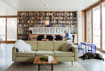 Interior / Bookshelves
