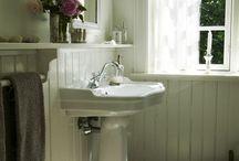 Bathroom ideas / by Rhonda Higgins