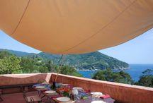 La Ligurie / La Ligurie est la destination idéale pour tous ceux qui souhaitent profiter de la mer et de ses activités, découvrir une terre riche d'histoire et de culture. Découvrez notre sélection de demeures sur www.onoliving.com