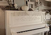 Atmosfere in bianco e in crema / by Rosetta Di Leo