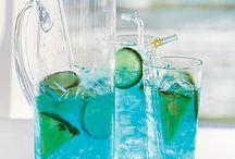drinks / by Deanne Heaton