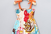 Adorable kids outfits / by Kealani Schmitt
