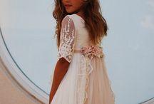 gaun putih anak
