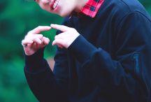 Dino(seventeen) / ディノたん... ウリマンネディノたん.... これ以上かっこよくなってどうするんですか笑笑 はげます