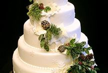 wedding cakes / by Kimberly Melville