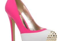 Shoes / by Alissa Sloan