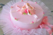 Cakes / by Stacey Hines