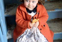 Fotoshoot KidsOnLine - www.kidsonline.be / Jasje Aymara - kleedje Maan  www.kidsonline.be