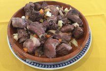 Visite-nos. / O Restaurante Típico Ilha da Madeira, convida-o a experimentar o sabor verdadeiro da cozinha tradicional madeirense.
