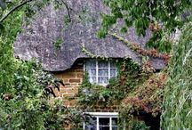 Homes / Cute and cozy or grand piles, home is where the heart is <3