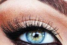 Make up / by Herdís Elín