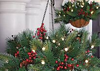 Outdoor Christmas decorations / Baskets