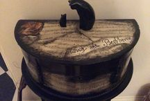 Painted furniture and Decoupage / Black paint with music