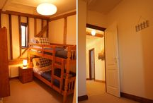 Bunkbed Room / Photo's of the bunkbed room, which is suitable not only for children, but because the beds are full sized single beds, these are also suitable for adults.